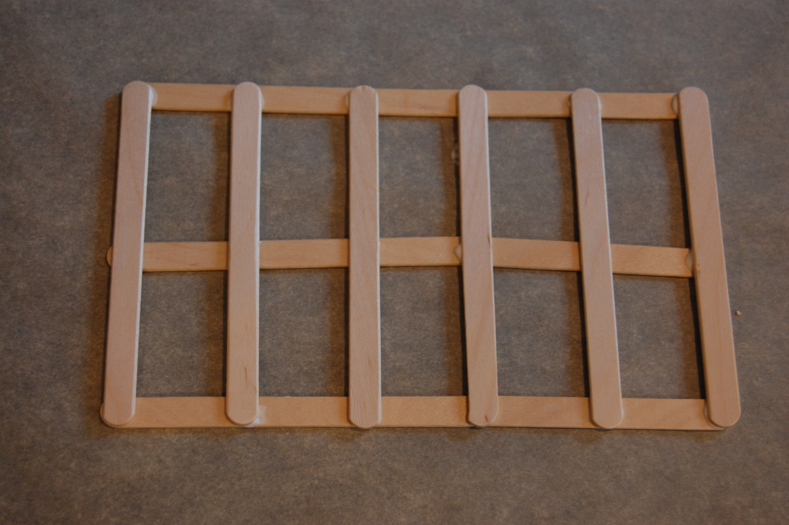 how to make a picture frame out of popsicle sticks